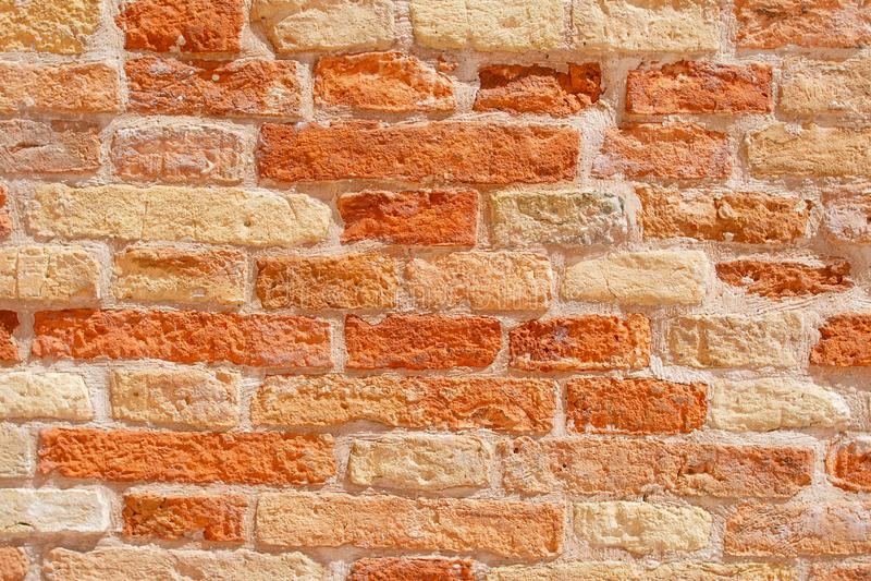 Jaskrawy Pomarańczowy ceglany rocznika tło Abstrakta ścienny tło od cegieł Textur fotografia royalty free