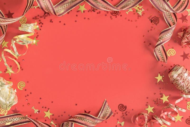 Jaskrawy ?wi?teczny confetti i fabork?w koralowy mieszkanie nieatutowy obraz royalty free