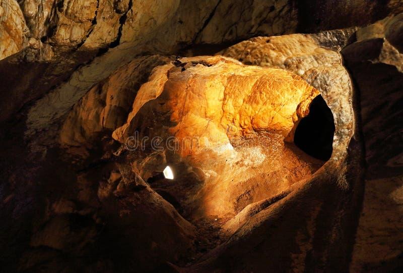 Jaskyna aragonitova Ochtinska, σπηλιά Ochtinska aragonit, Σλοβακία στοκ φωτογραφίες με δικαίωμα ελεύθερης χρήσης