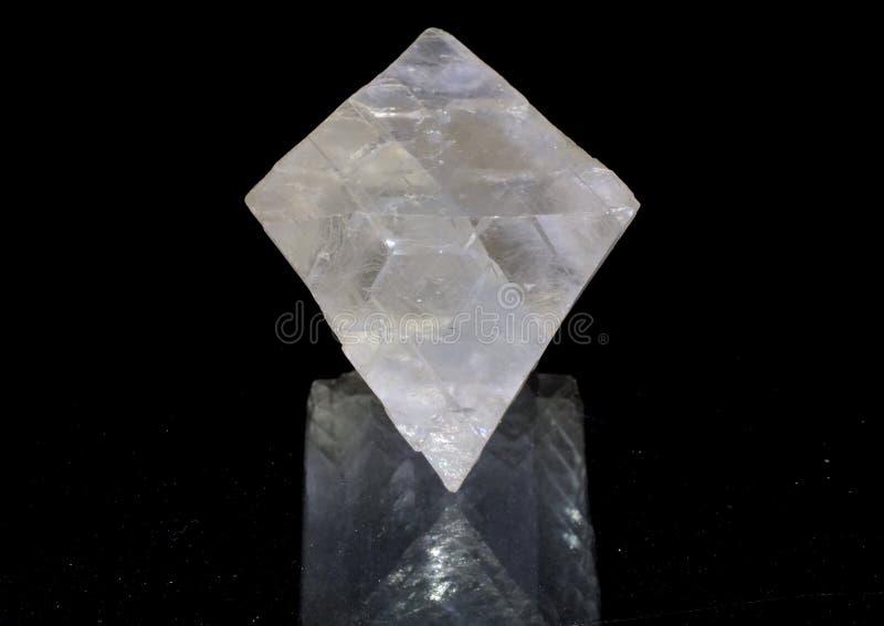 Jasny fluorytu ośmiościan zdjęcia royalty free