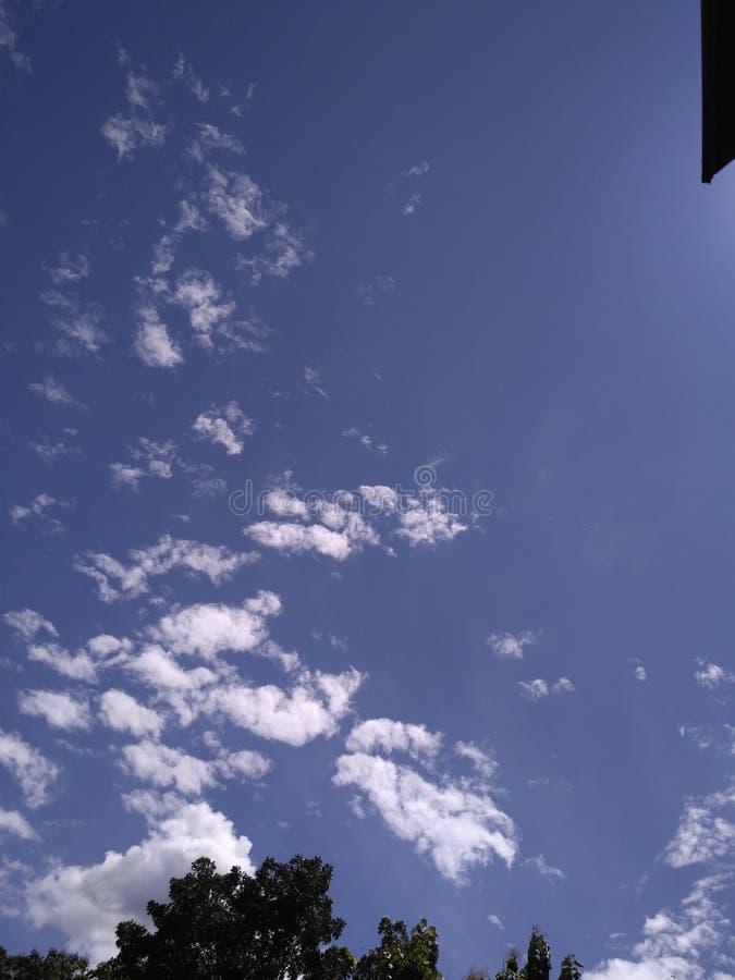 Jasny nieba błękit fotografia stock