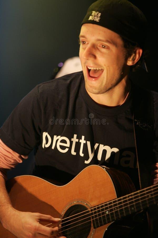 Jason Mraz utför i konsert royaltyfri fotografi