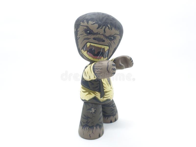 Jason Voorhees från fredag den 13th filmen med Freddy Krueger från film för mardrömalmgata och amerikanska varulvteckenPlas royaltyfri bild