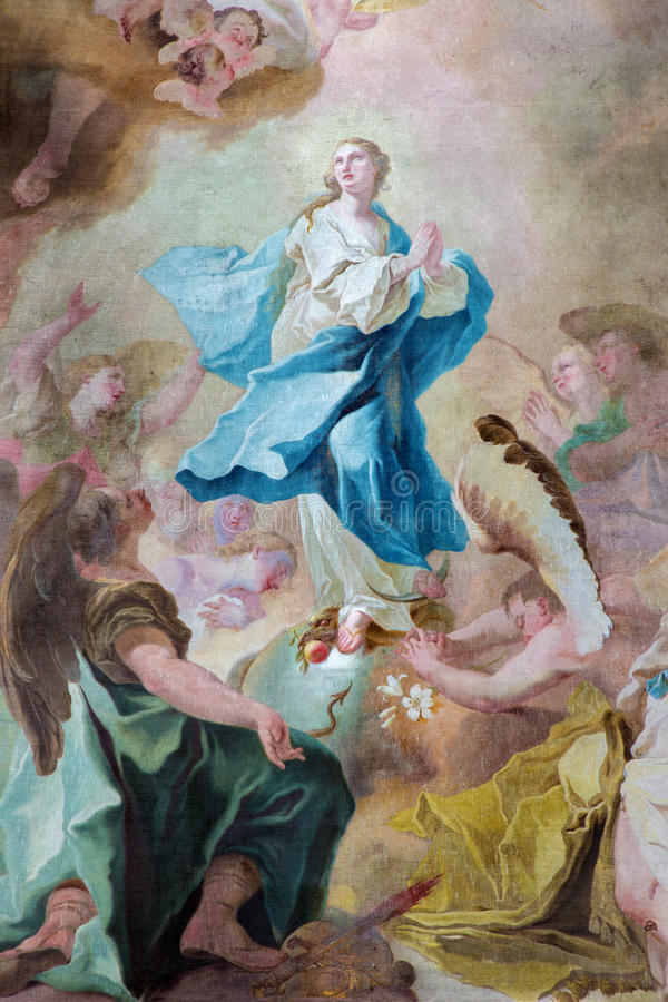 Jasov - autel et peinture latéraux baroques de conception impeccable par Johann Lucas Kracker (1752 - 1776) de cloiste de Premonst photographie stock libre de droits