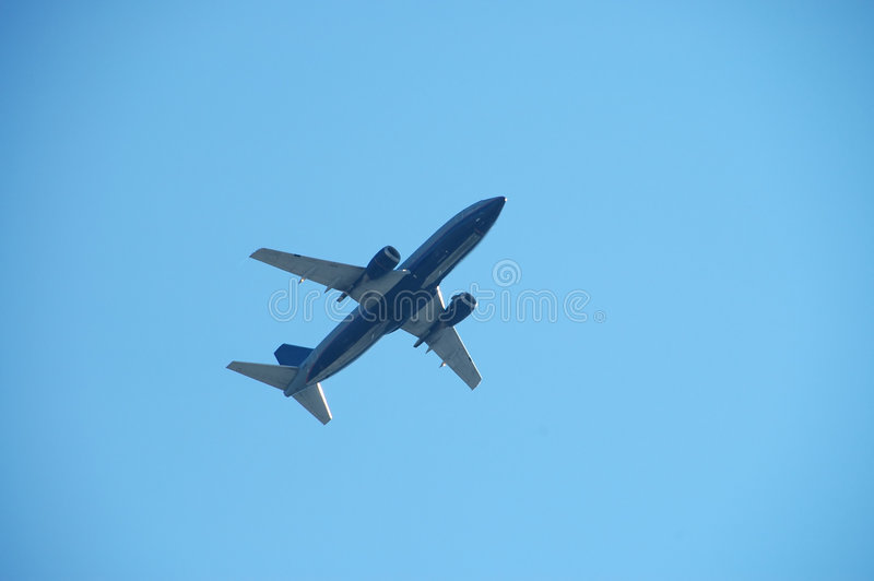 Download Jato comercial imagem de stock. Imagem de aéreo, vôo, motores - 534273