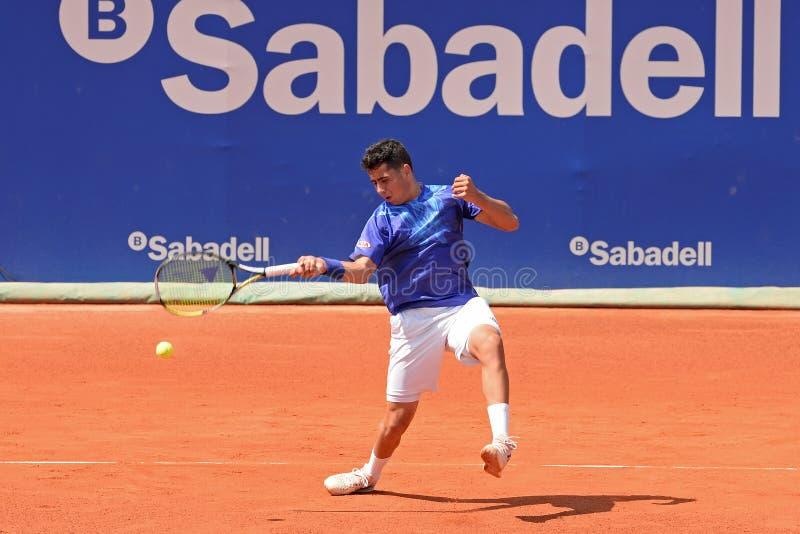 Jaume Munar bawić się przy ATP Barcelona (Hiszpański gracz w tenisa) fotografia royalty free