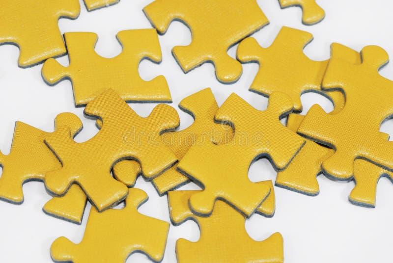 jaune de puzzle photographie stock