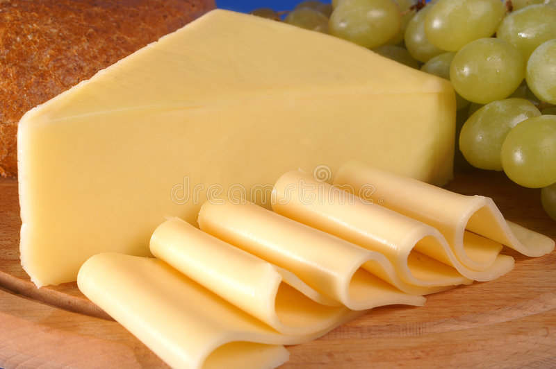 Jaunissez le fromage images stock