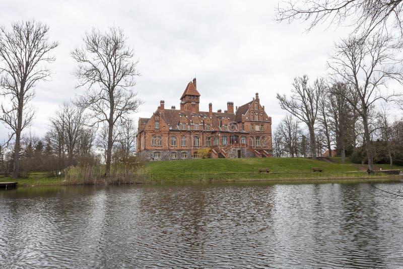 Jaunmokas slott royaltyfri foto