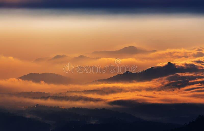 Download Java landskap arkivfoto. Bild av park, caldera, rök, tempel - 76703764