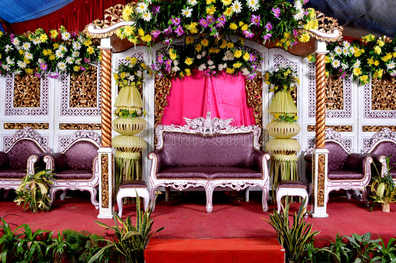 Wedding decoration padma bandung image collections wedding dress daf wedding decoration bandung images wedding dress decoration wedding decoration padma bandung image collections wedding dress junglespirit Images