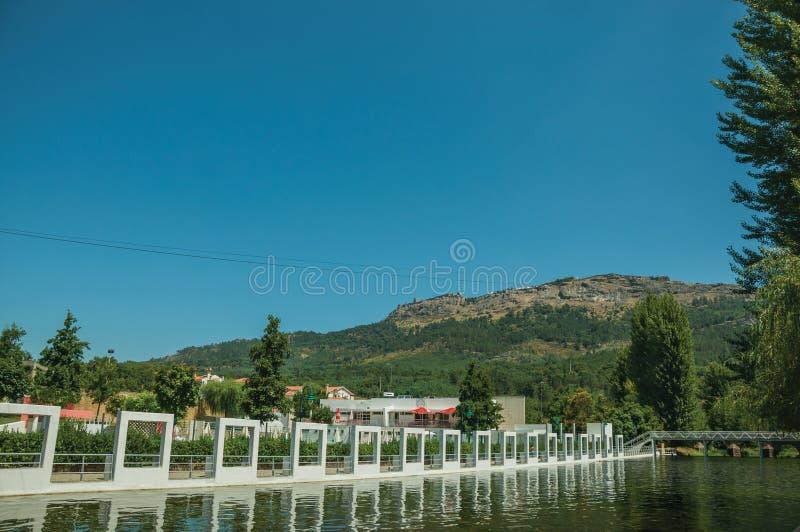 Jawny fluvial basen na przecinaj?cej rzece w Portagem obraz royalty free