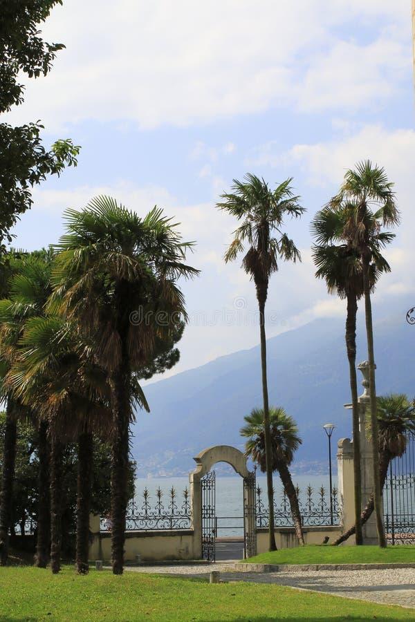 Jawny miasteczko park willa Camilla w Domaso jeziorze Como obraz stock