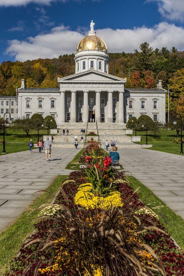 Jawny park Capitol w jesieni, spadku/Barwi - Montpelier, Vermont - Historyczny stanu dom - obraz stock