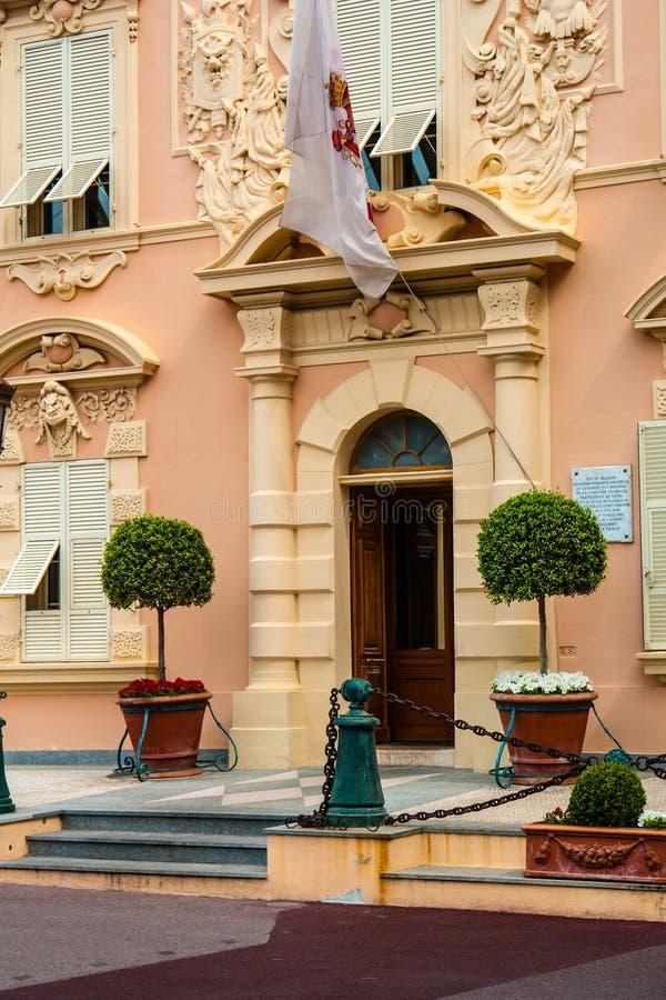 Jawny siła budynek przy pałac kwadratem w Monte, Carlo -, Monaco fotografia royalty free