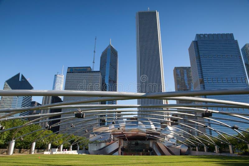Jay Pritzker Pavilion en parc de millénaire image libre de droits