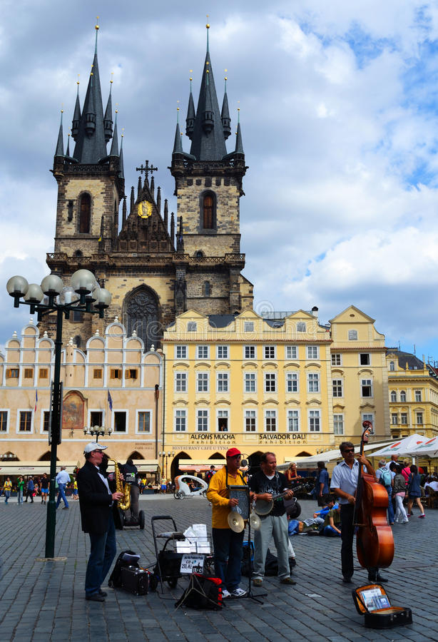 Download Jazz Band On The Old Town Square Editorial Stock Image - Image: 28448509