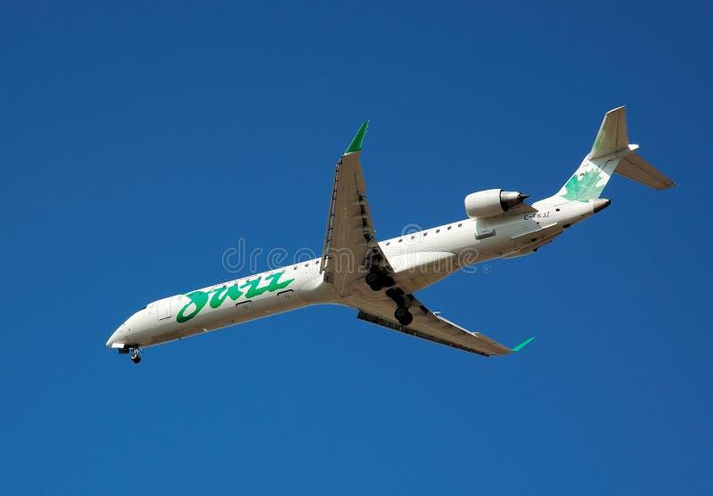 Jazz de Air Canada - verde imagem de stock royalty free