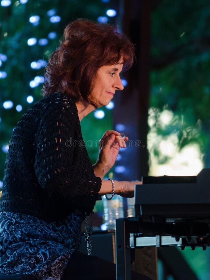 Jazz Pianist Lorraine Desmarais foto de stock royalty free