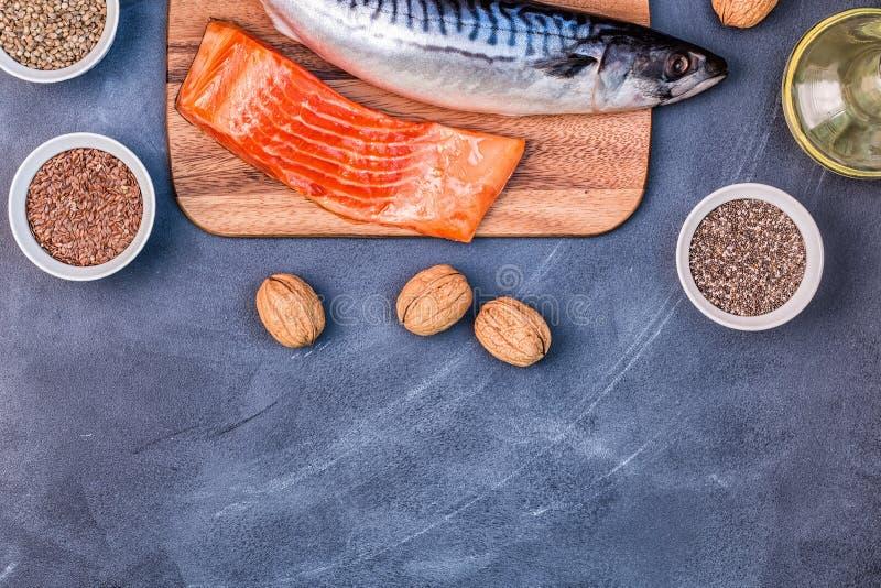 jeść zdrowo pojęcia Źródła omega 3 fotografia royalty free