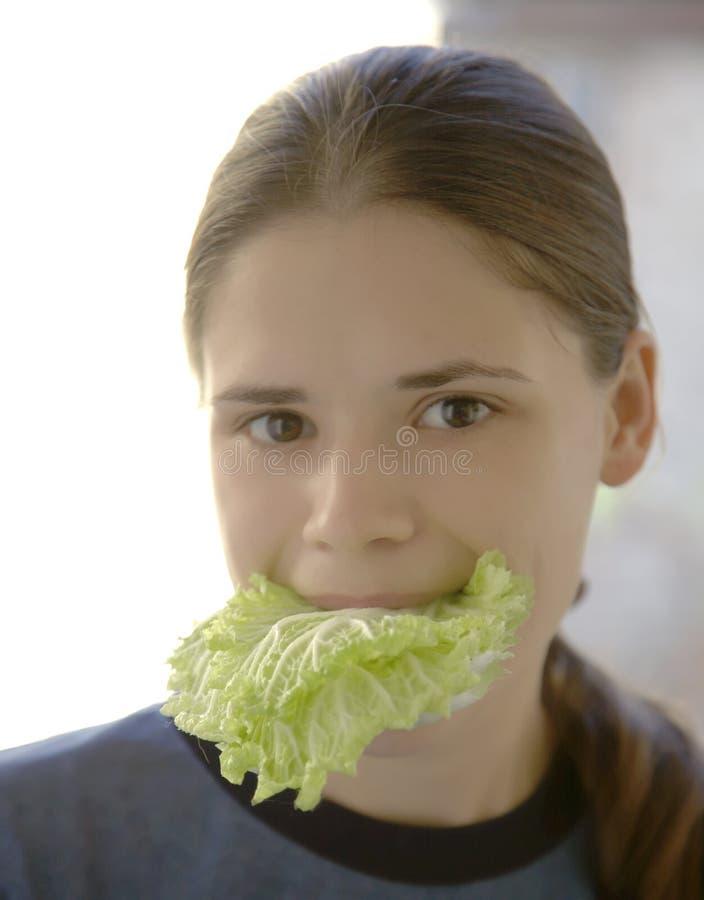 jeść sałatki kobieta zdjęcia stock
