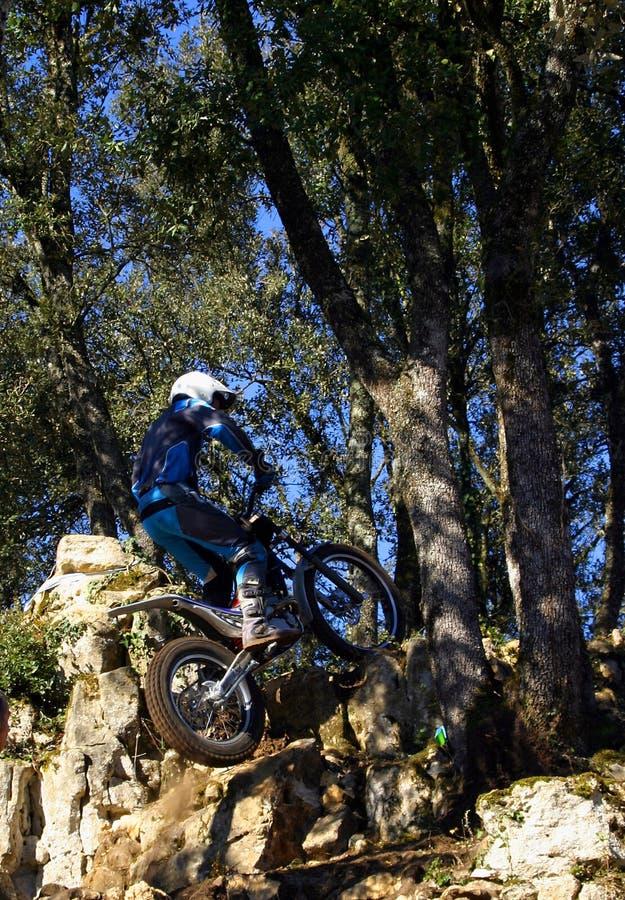 jeździec próby motorowe roweru zdjęcia stock