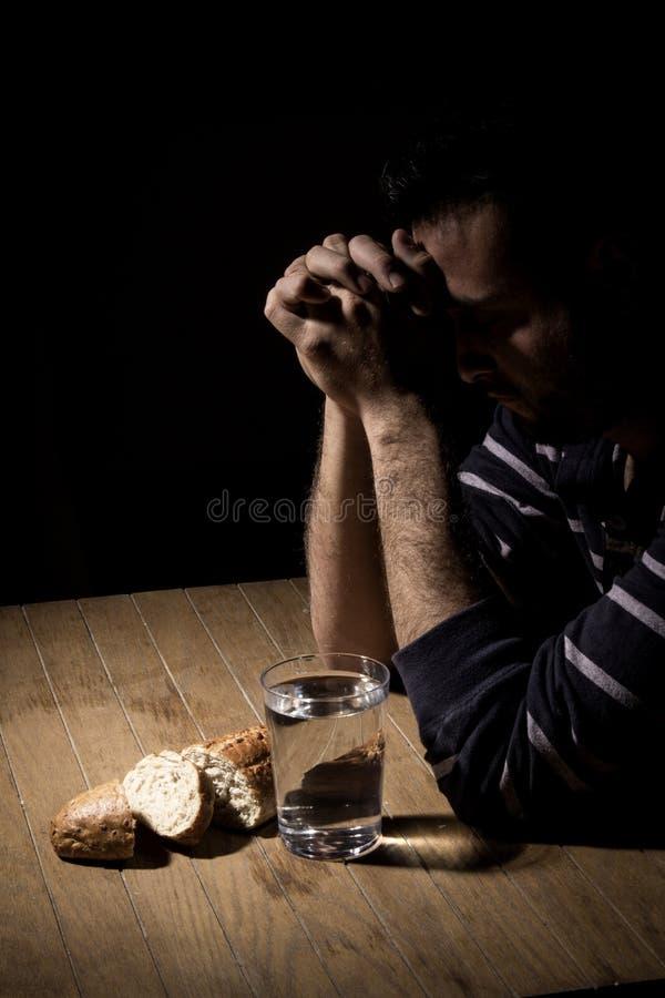 Jeûne pour le pain et l'eau images stock