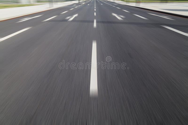 Jeûnent la commande sur l'asphalte photos libres de droits