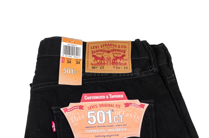 Jeans de noir de Levi's photo stock