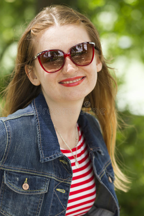 Jeans_Jacket_red_sunglasses-6 fotos de stock royalty free