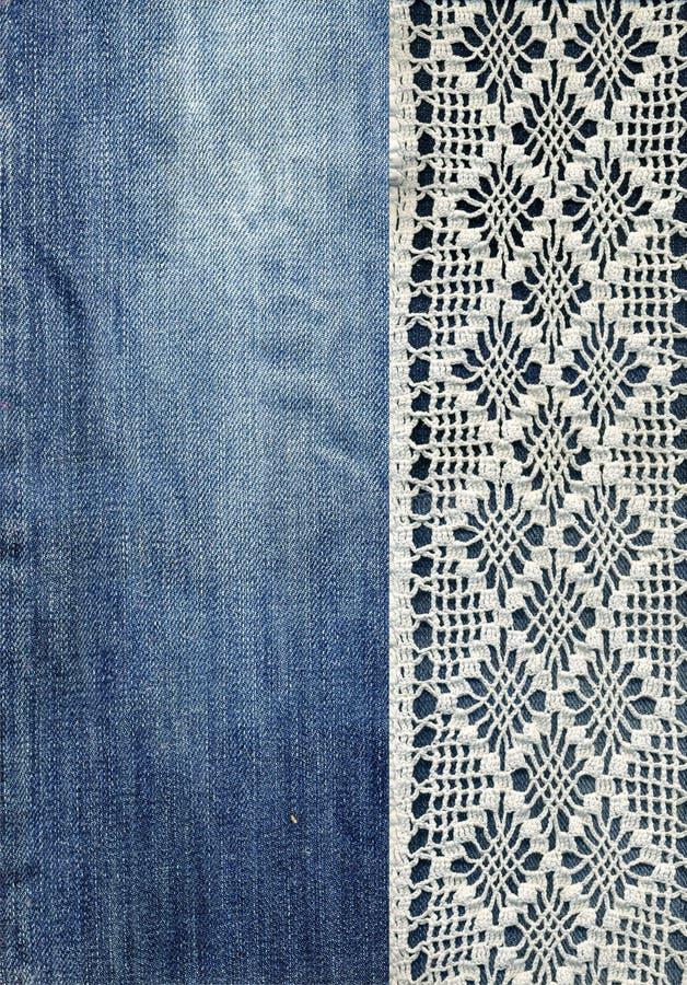 Jeans und Spitze Hintergrund mit Denim und handgemachter Spitze Weinlesehintergrund mit Spitze- und Denimgewebe vektor abbildung