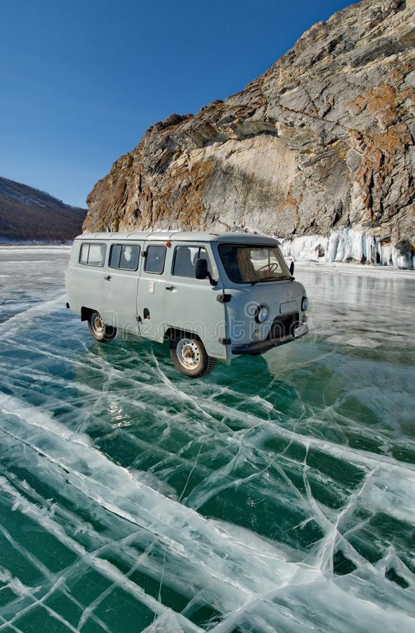 Jechać na jeziornym Baikal zdjęcia royalty free