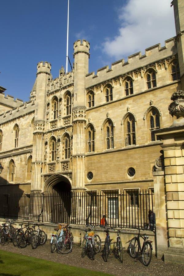 jechać na rowerze Cambridge ucznia uniwersyteta zdjęcie royalty free