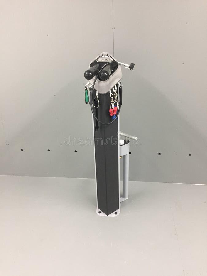Jechać na rowerze naprawę i nadyma dok fotografia royalty free