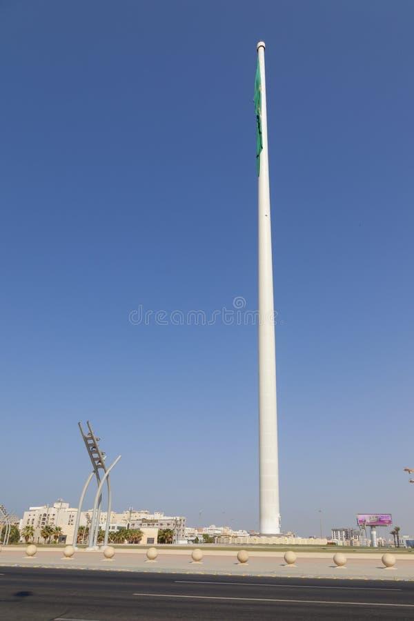 Jeddah, saudyjczyka Arabia-12 Grudzień 2018 Arabia Saudyjska flagi państowowej duży falowanie w Jeddah Flagpole jest flagpole w k zdjęcia royalty free