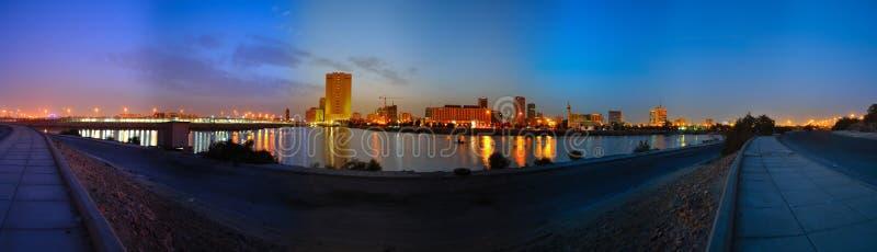 Jeddah som är i stadens centrum på gryning royaltyfri bild