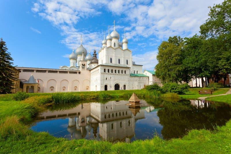 Jeden świątynie Rostov Kremlin obrazy royalty free