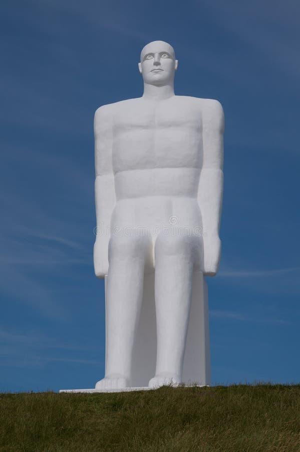 Jeden cztery ogromnej biały człowiek statuy, Esbjerg, Dani obraz stock