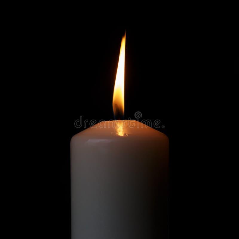 Jeden płonąca świeczka obrazy stock