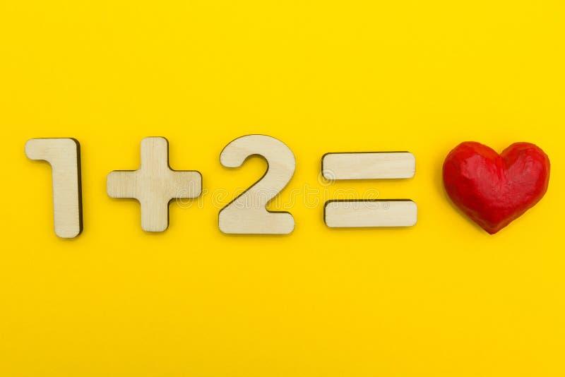 Jeden plus dwa jest równy miłość zdjęcia royalty free