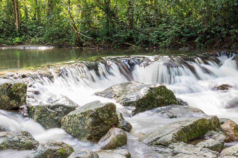 Jedkodwaterval bij het Nationale park van Khao Yai, Thailand stock afbeeldingen