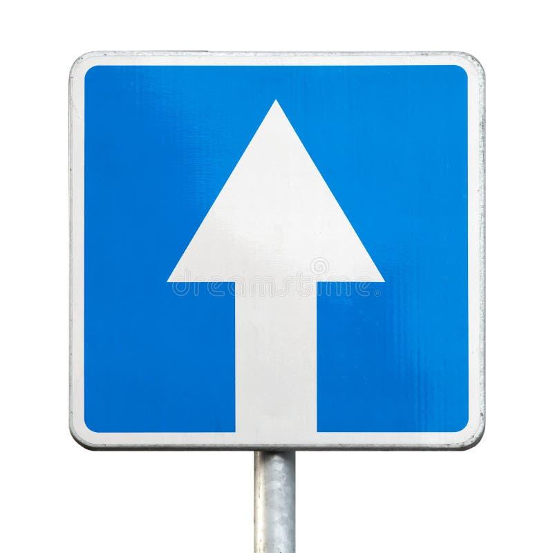 Jednobiegowy ruch drogowy - drogowy znak odizolowywający zdjęcia stock
