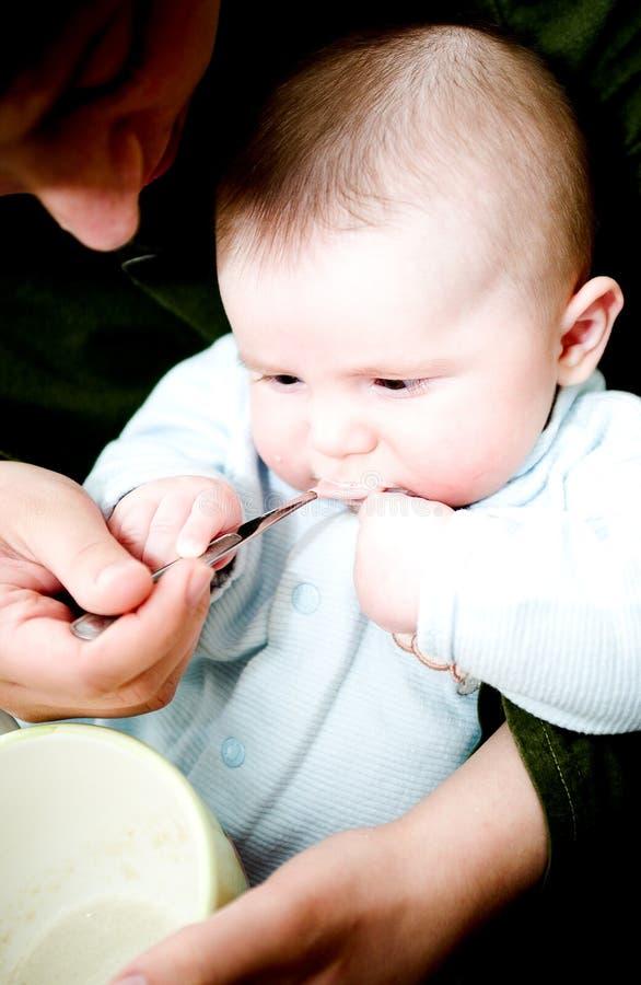 jedzenie dziecka zdjęcia royalty free