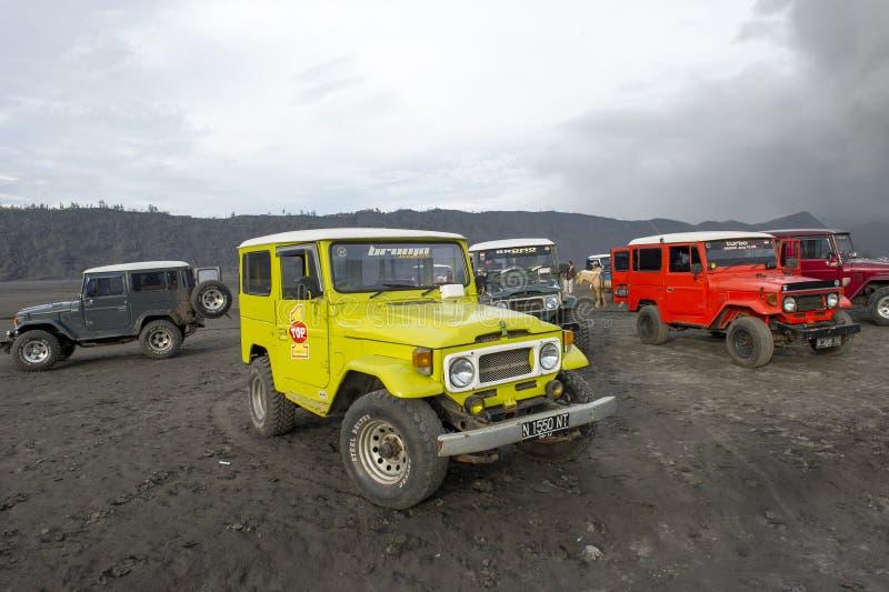 Jeep au bâti Bromo image libre de droits