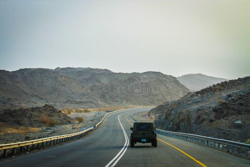 Jeep de la carretera imagenes de archivo