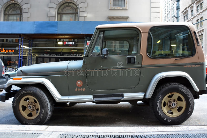 Jeep de style ancien photo libre de droits