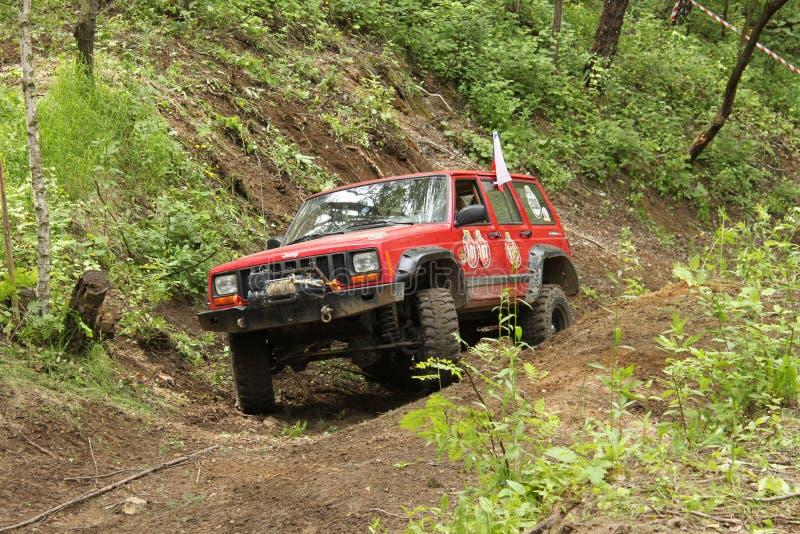 Jeep en la acción imagen de archivo libre de regalías