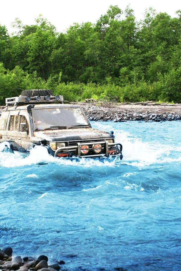 Jeep su Kamchatka fotografie stock libere da diritti