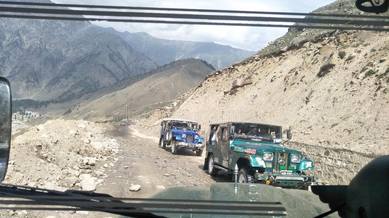 Jeep weg vom Roading stockfotos
