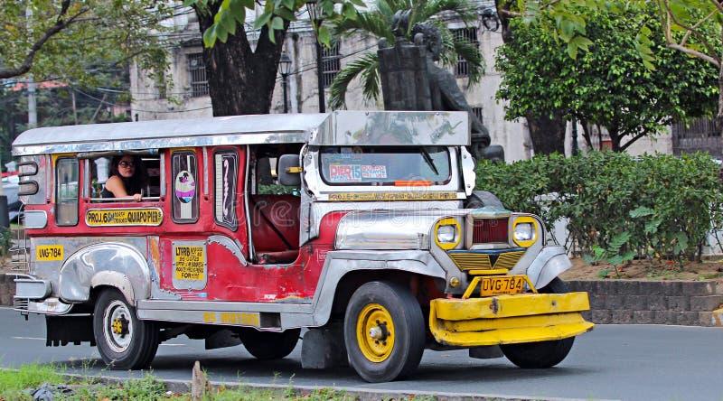 Jeepney fotos de stock royalty free